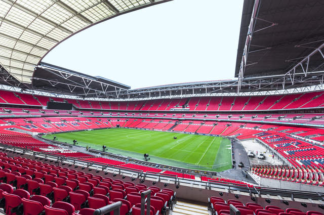 Wembley Stadium view by Yuri Turkov (via Shutterstock).